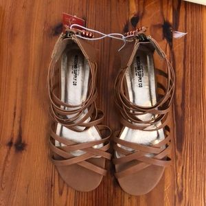 Brand new with tags tan Mossimo Sandals